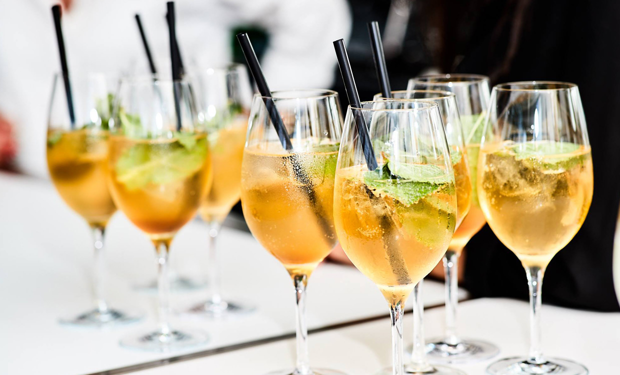yourfood Catering Köln: Federweißer Drinks für Ihre Sommer-Party
